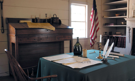 The Governor's Office in Blount Mansion, courtesy of official website.