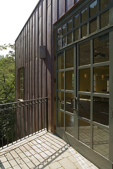 Studio Pavilion, exterior