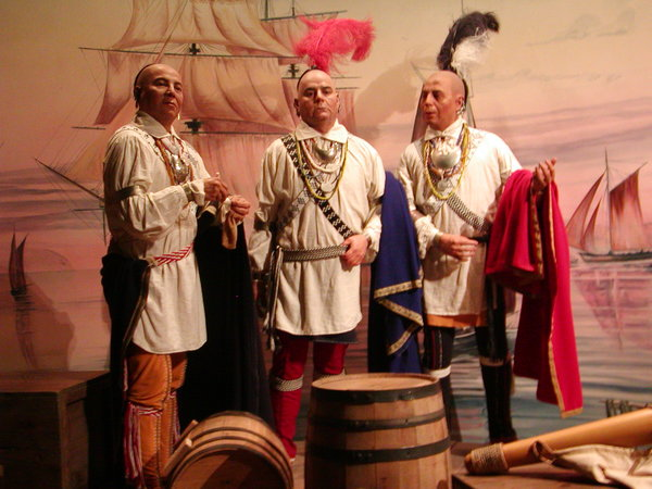 Wax statues of Anglicized Cherokee from inside the Museum of the Cherokee.
