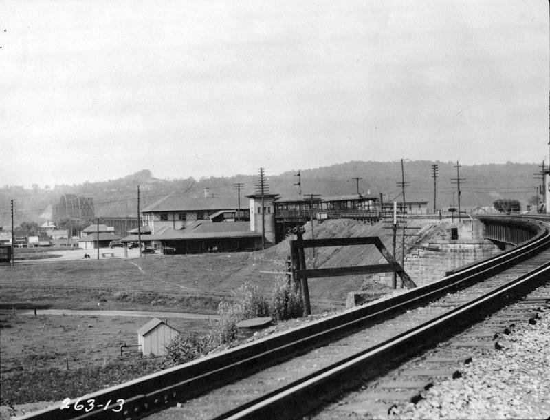 View of the station from the south. The N&W bridge crossing the Ohio River can be seen in the background. Image courtesy of the Kenova Historical Commission.