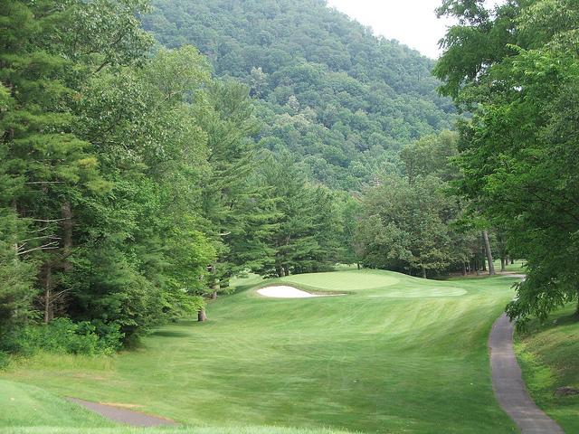 3rd Hole Cascades Golf Course