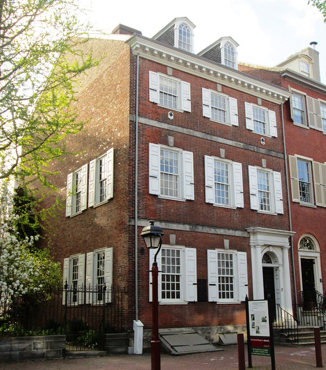 """Powel House"", a historic mansion/museum. Built in 1756, it has been called ""the finest Georgian row house in the city."" Photo by Beyond My Ken. Licensed under GFDL via Wikimedia Commons."
