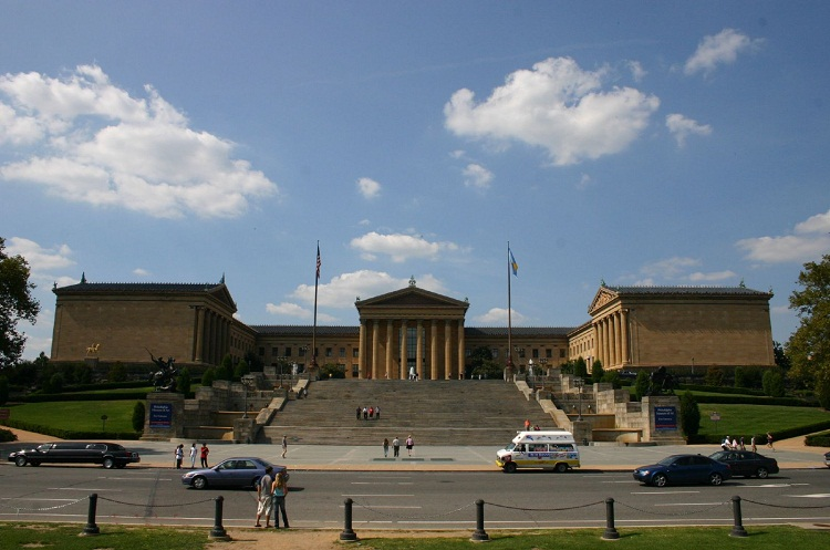 The Rocky Steps were immortalized in the 1976 movie 'Rocky,' when Sylvester Stallone famously ran up them and raised his arms triumphantly at the top. Photo by su1droot - Flickr. Licensed under CC BY 2.0 via Wikimedia Commons.