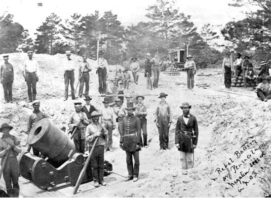 The South controlled the area prior to 1862. This photo shows a Confederate battery that was stationed adjacent to the lighthouse prior to the Union occupation of the Gulf Coast.