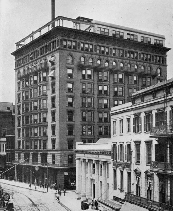 The Hennen Building as it looked around 1908.  The eleventh floor was in the process of being added when this photo was taken.