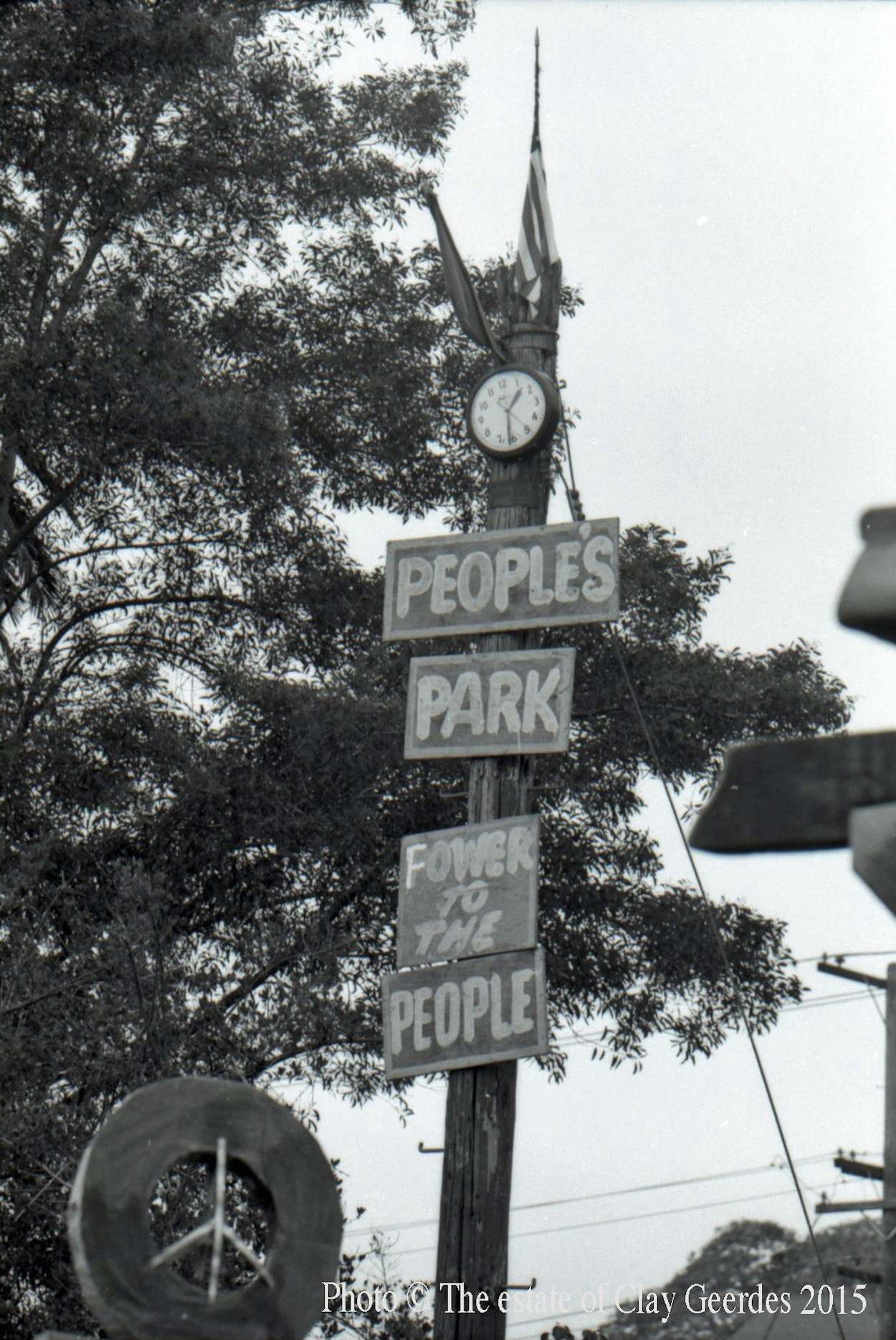 """Makeshift sign announcing the new """"People's Park"""" on Telegraph Avenue in Berkeley, April 1969"""