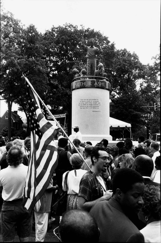 Monument unveiling in 1996.