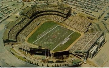 Metropolitan Stadium as Football Field