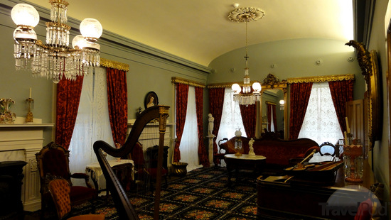 Sitting Room: One of the sitting rooms inside of the Beehive House used by Young and his family.