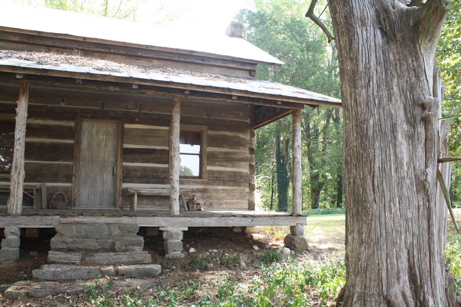 Hair Conrad cabin. courtesy of trailoftrail.blogspot