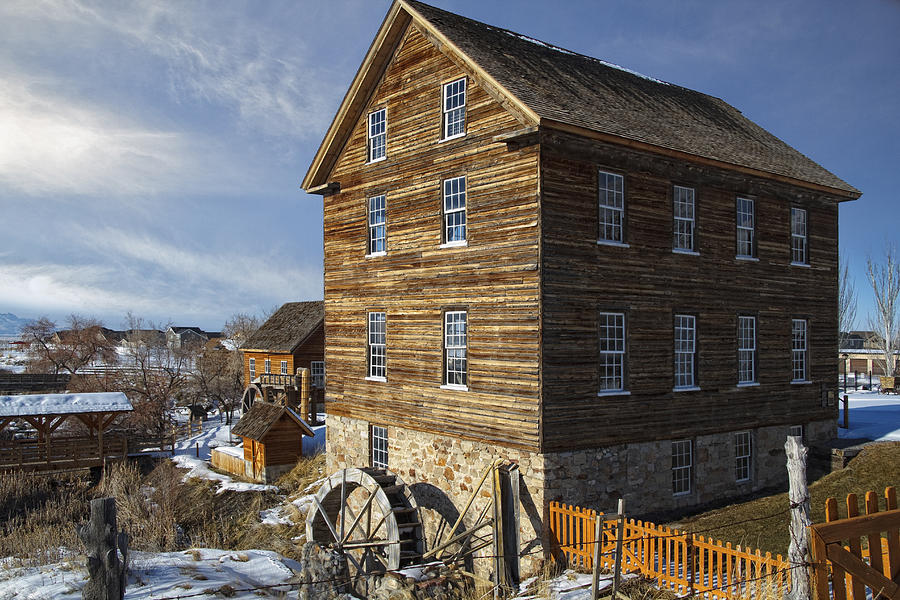 Beautiful image of the Gristmill in the winter.