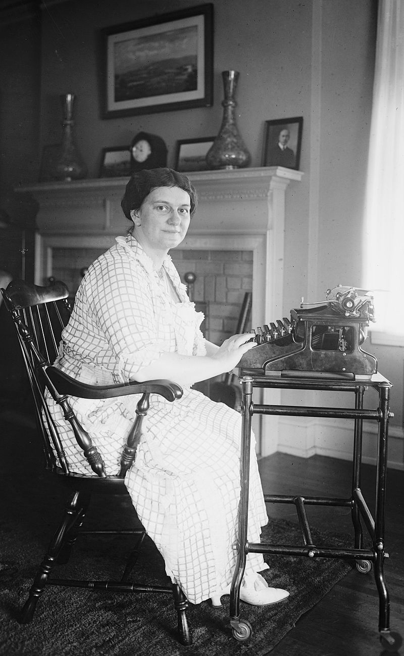 Frances Parkinson Keyes in 1921. Courtesy of the National Photo Company Collection (Library of Congress)