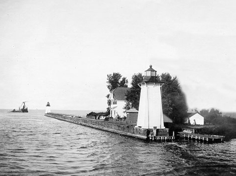 The lighthouses in 1914. Credit: U.S. Coast Guard