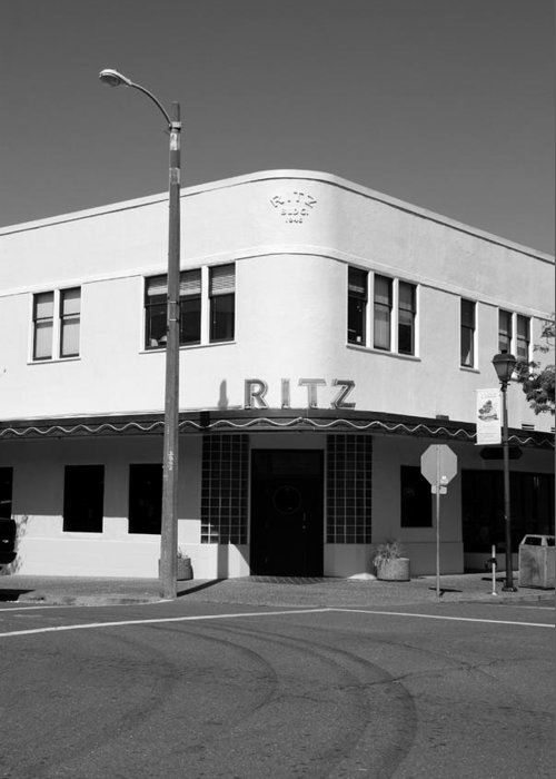 The Ritz Building after its 1947 redesign