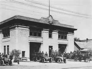 The building as it appeared during its heyday.