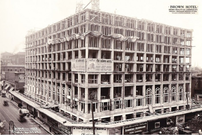 The Brown Hotel, 1923, Construction