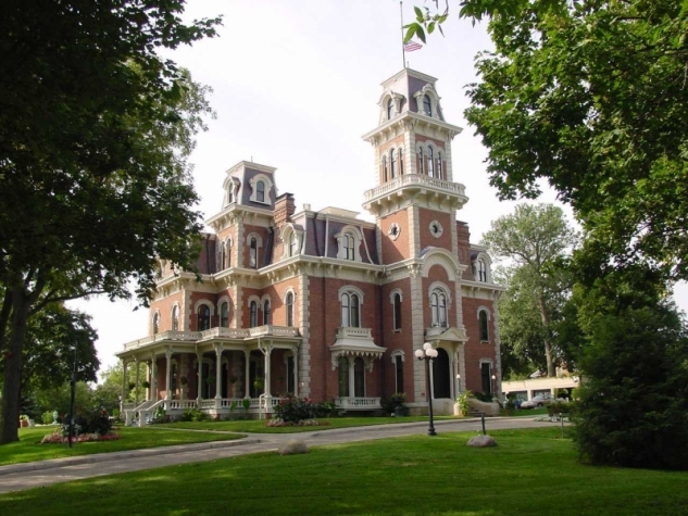 Terrace Hill is the Iowa's governor's mansion. It was built in 1869 and is an excellent example of Second Empire architecture.