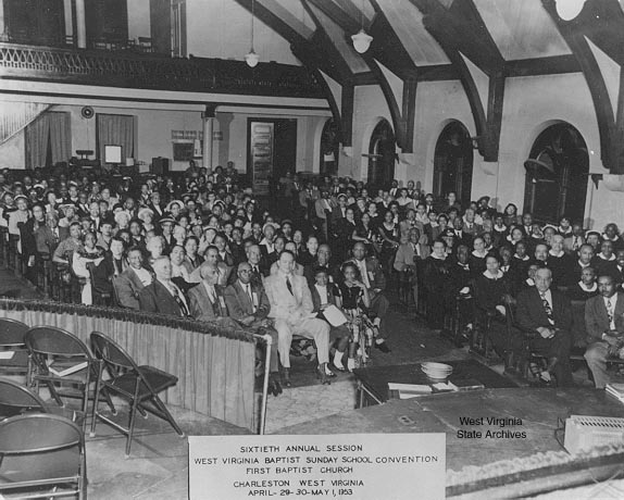 A photo of a church service at the First Baptist Church in Charleston. A good depiction of what Rev. Martin Luther King, Jr. was looking at when he gave his speech.