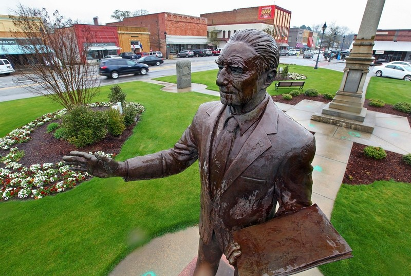The statue of Strom Thurmond outside the Edgefield's Courthouse in South Carolina.