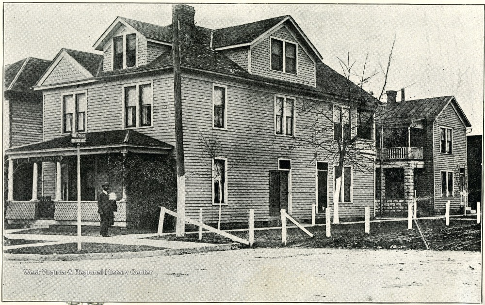 The Barnett Hospital in 1919, before it was remodeled in 1925