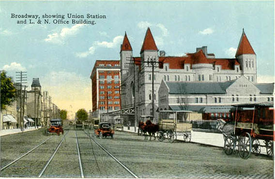 Postcard of Union Station: Note the interurban electric trolley lines on Broadway (image from USGenWeb Penny Postcards of Kentucky)