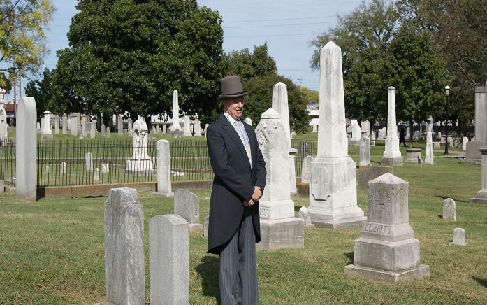Living History tour guide at the cemetery