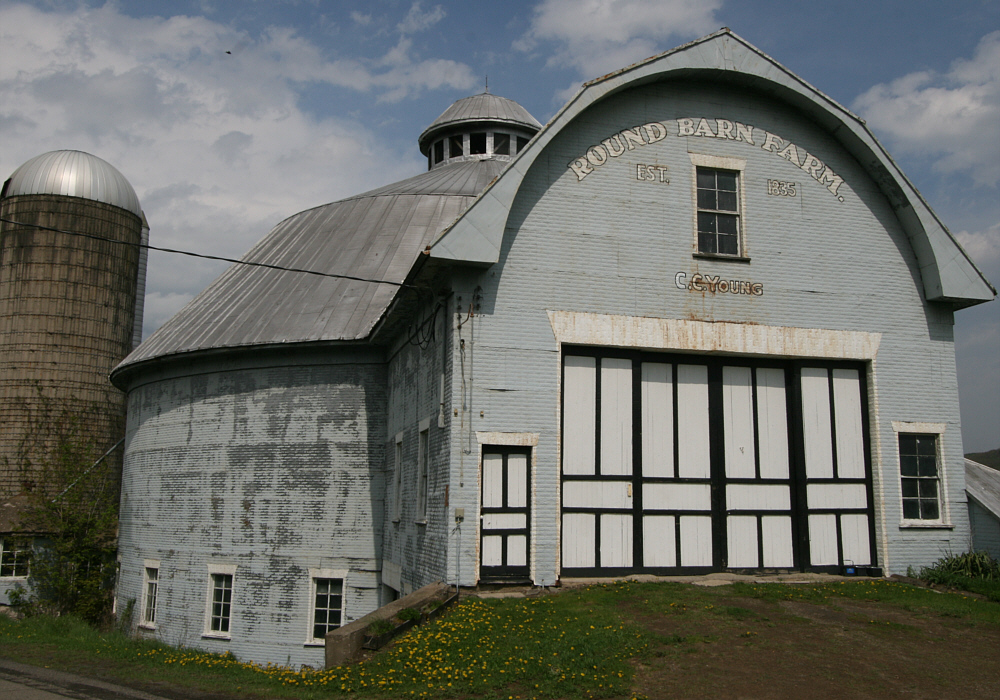 J.C. Young's Round Barn, built in 1919 by DeVern Bates.