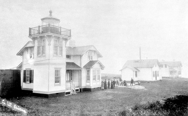 The lighthouse as it appeared in its early years.