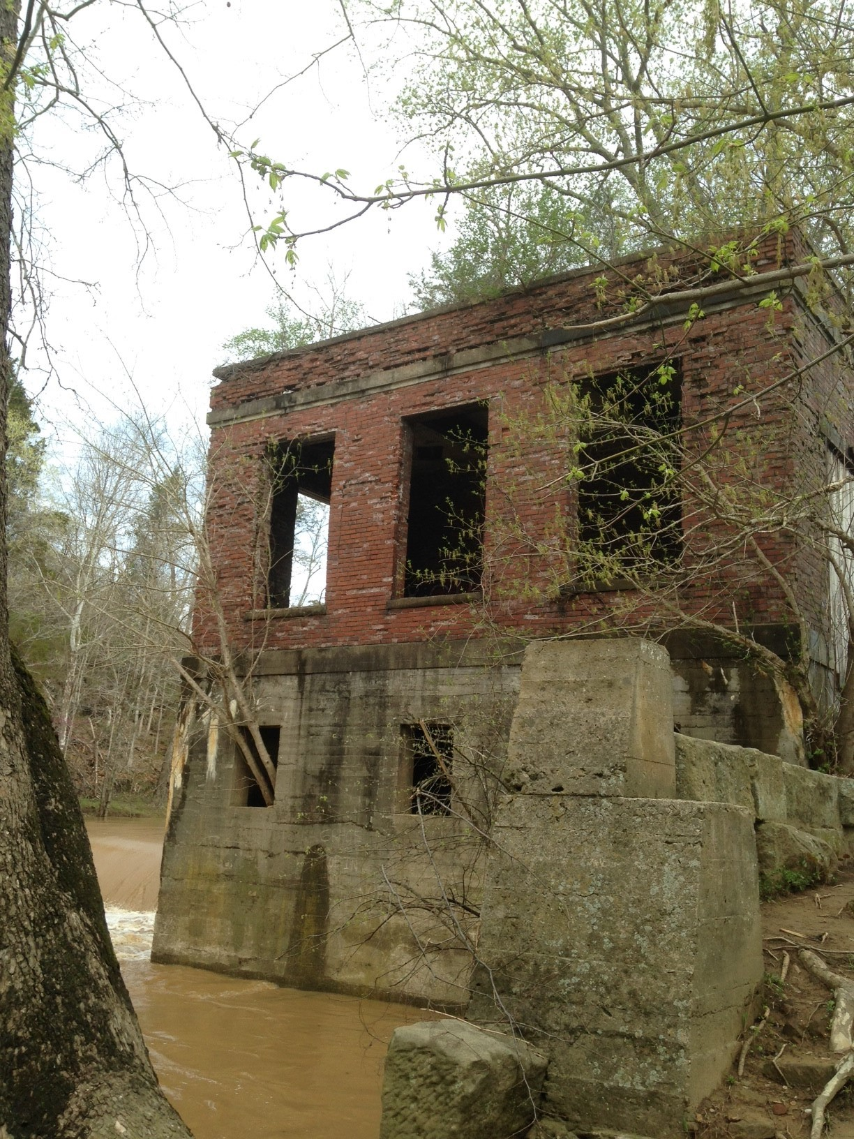 Remains of the 1920 power house at Howell's Mill.