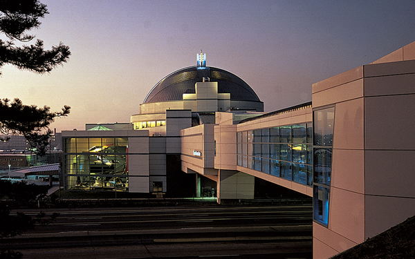 The St. Louis Science Center is considered one of the best science museums in the country.