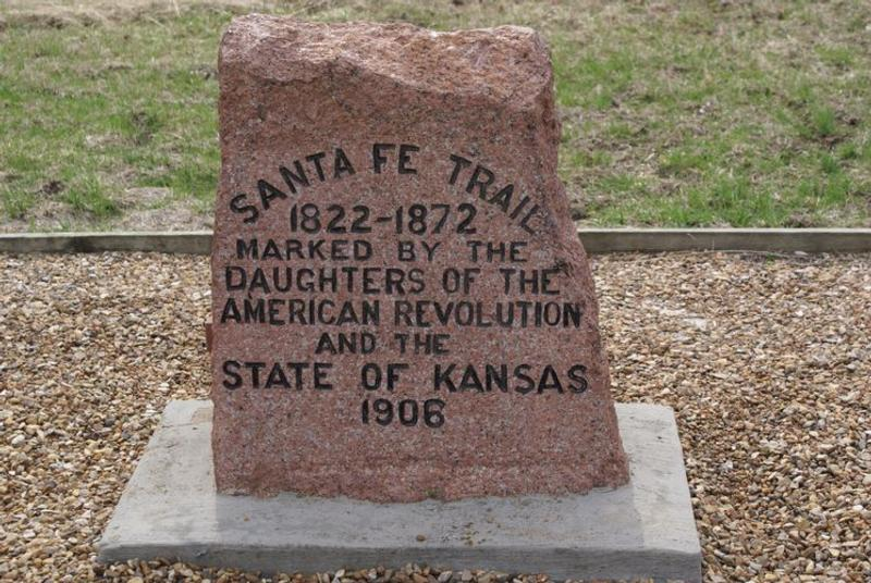 The DAR marker erected in 1906