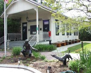 Collinswood Schoolhouse Museum