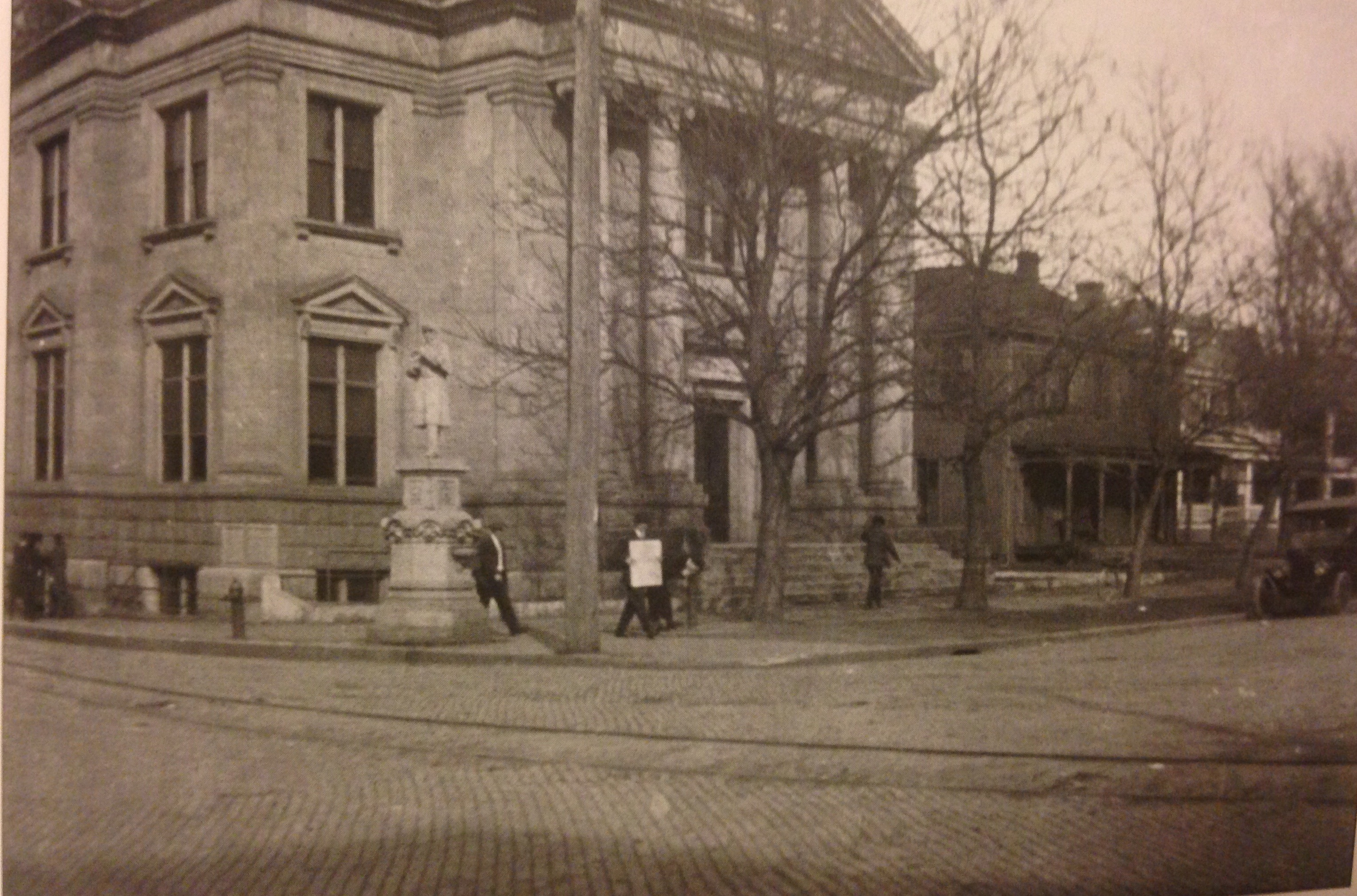 The lost statue in front of Carnegie Public Library