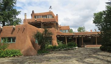 """""""The Big House:"""" Mabel Dodge Luhan House and Hotel"""