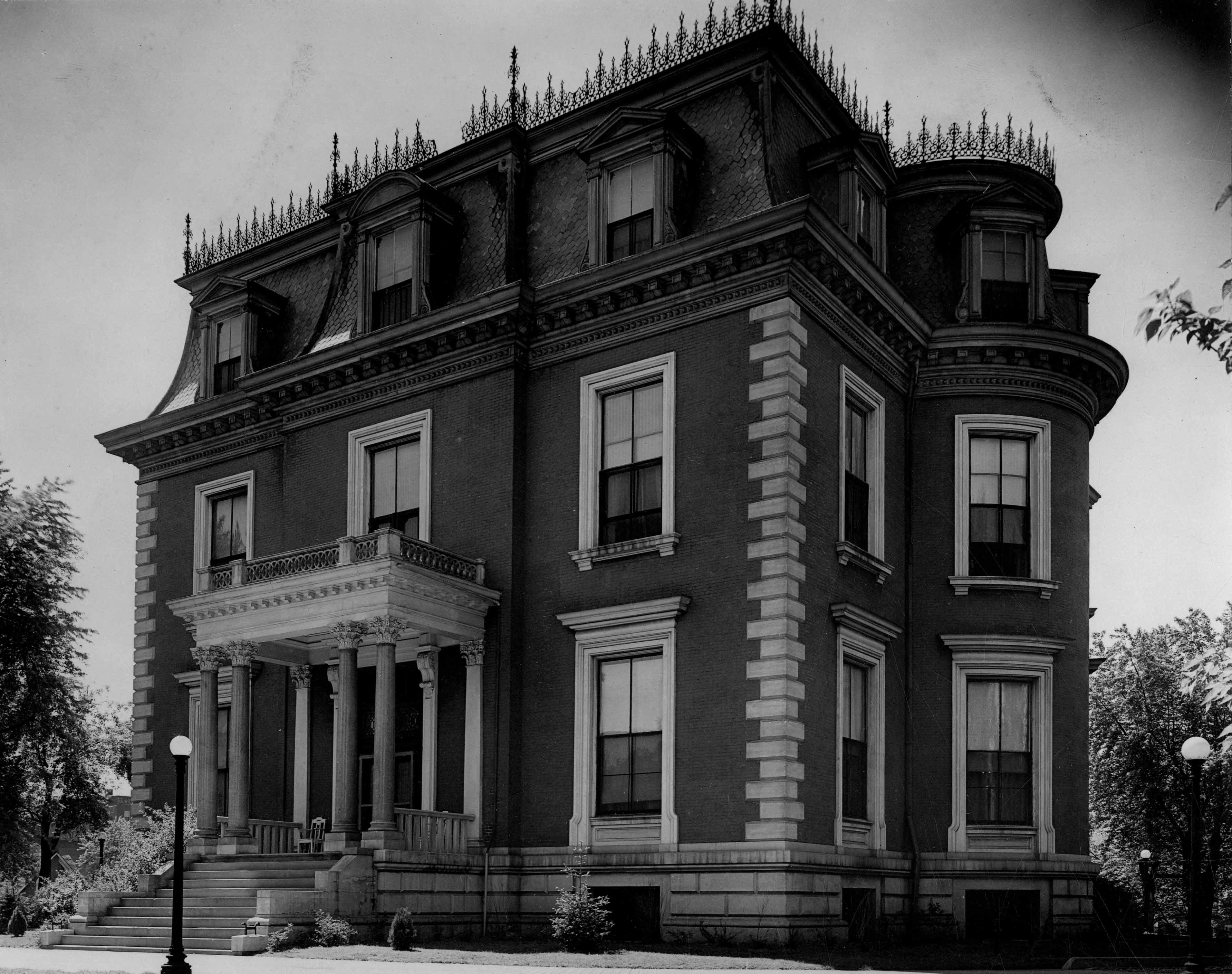 Missouri Governor's Mansion, undated photo. Courtesy of the Missouri State Museum.