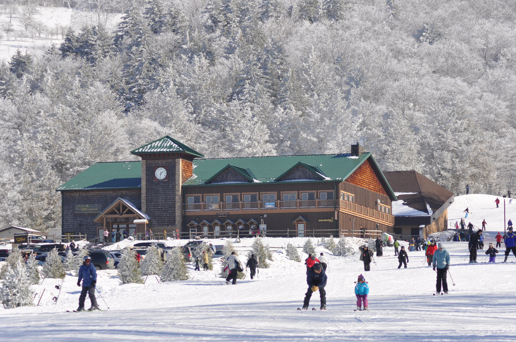 Canaan Valley is a popular ski area, owing to its status as the highest mountain valley east of the Rockies.