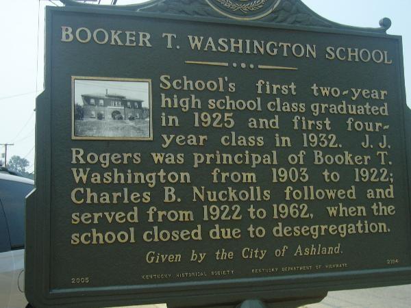A historic marker commemorates Booker T. Washington School