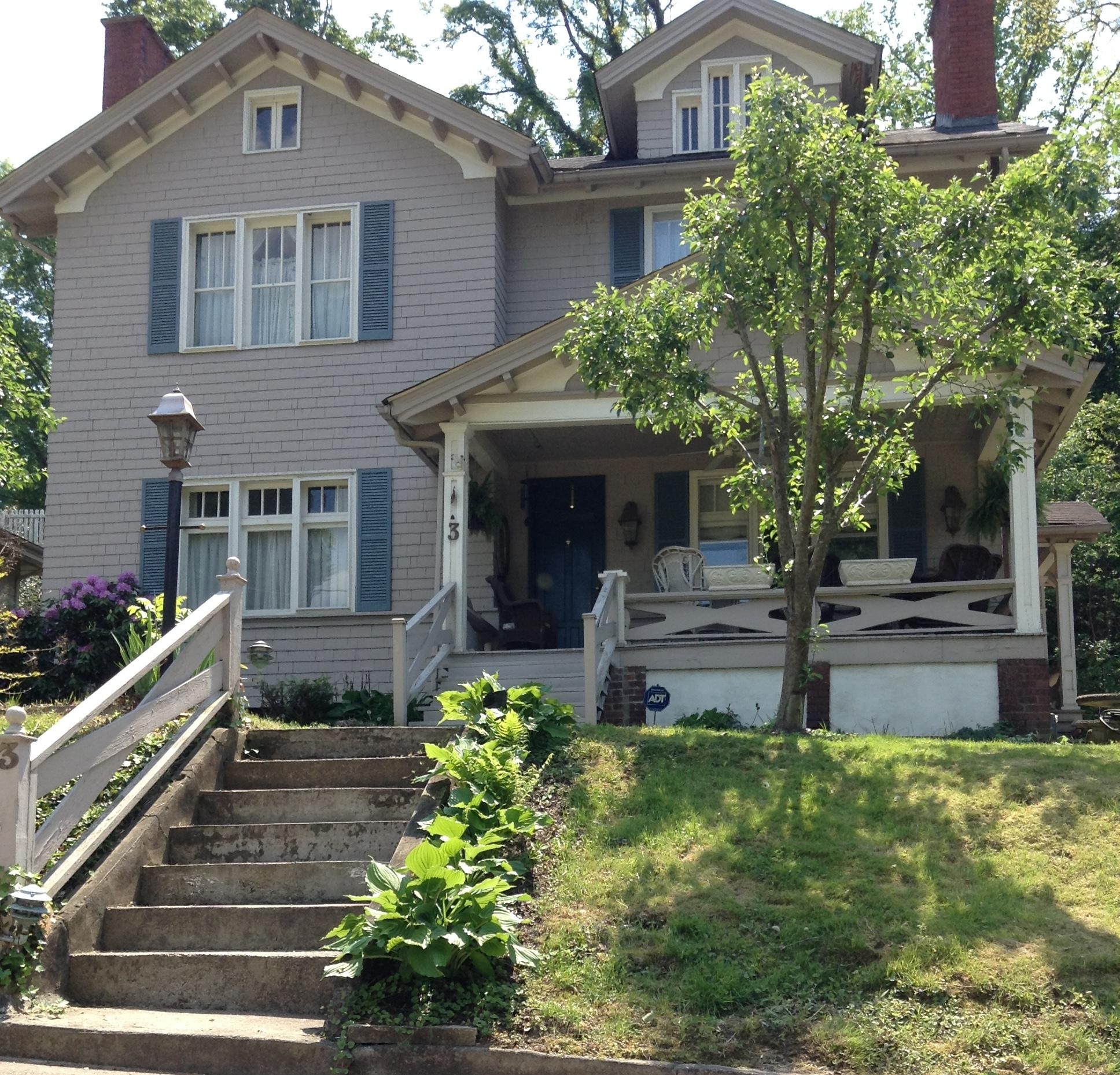 Woodrow/Kilcollin House, 3 Grosscup Road  Photo courtesy of Caitlin Teetor