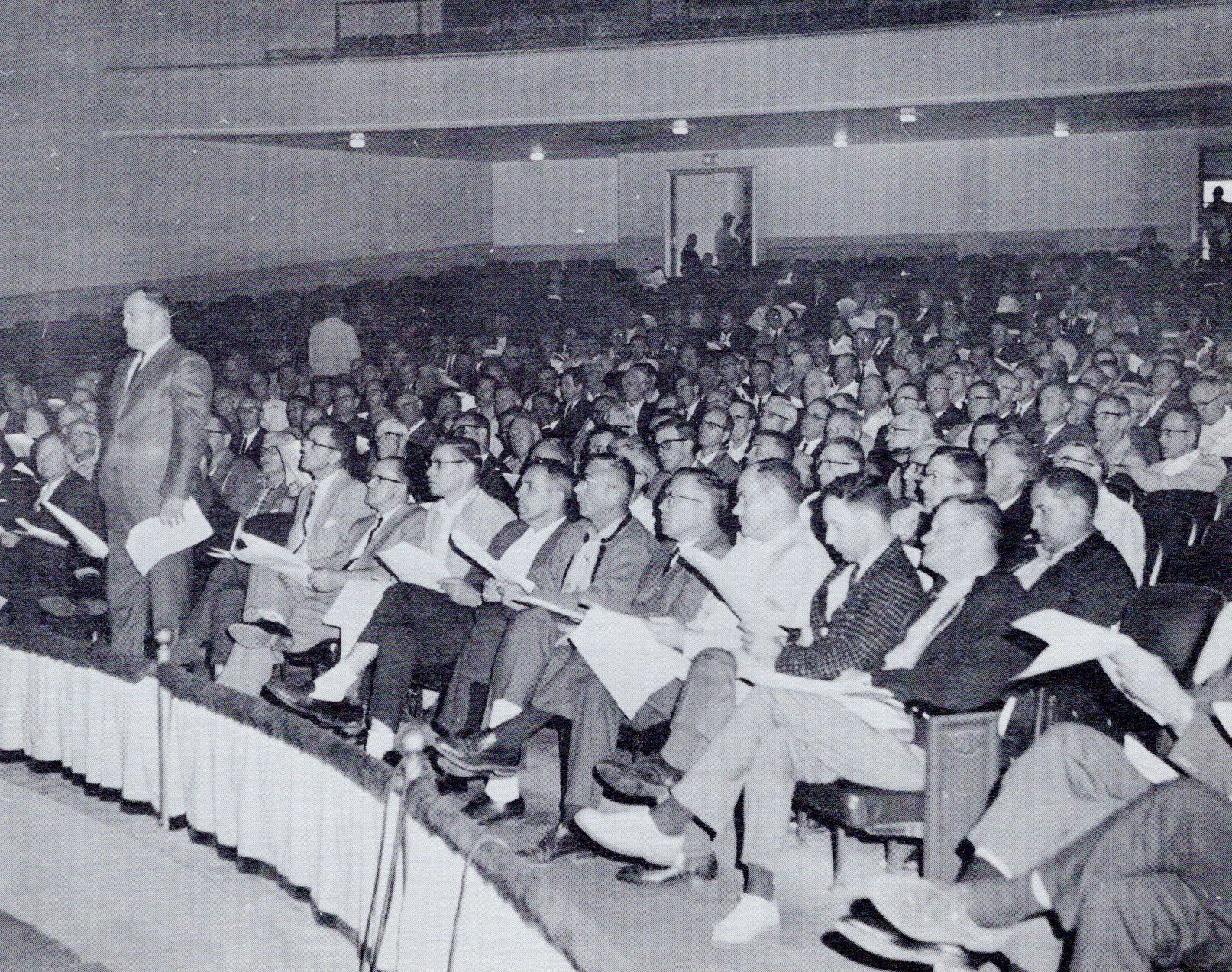 I.A.M. Lodge 598 members at a strike vote meeting in 1967, only two years after the plant unionized. In the first two years of unionization, hundreds of filed grievances went unresolved, and the workers chose to strike against unresponsive management.