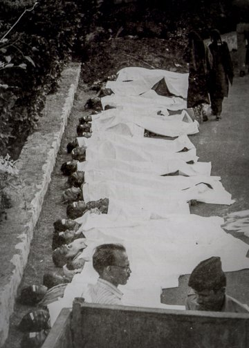 Bodies of the chemical spill's victims arranged shortly after the incident in Bhopal. Carbide's then-president died before manslaughter litigation could be brought against him, and Dow's purchase of Carbide voided the legal case in progress (Jaimini, Bhop
