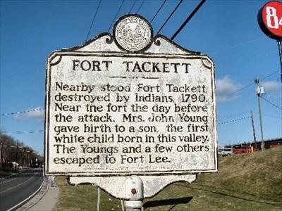 Fort Tackett marker on Rt. 817