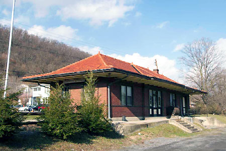 Berkeley Springs Train Depot
