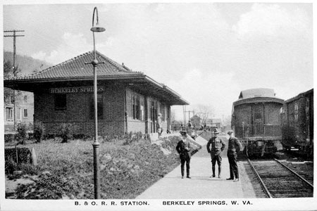 Postcard of the Berkeley Springs Train Depot
