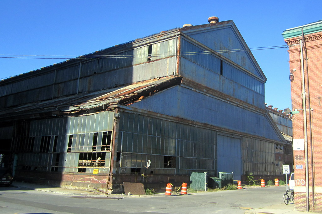 The decay of Building 128  (October 9, 2010)
