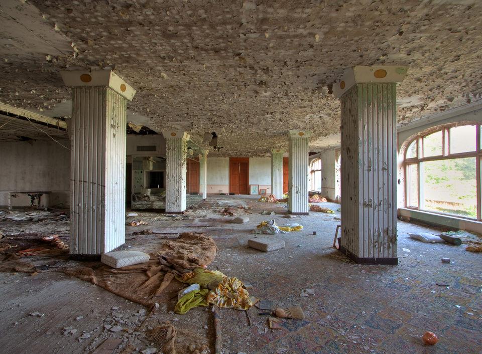 Inside the abandoned Inn.