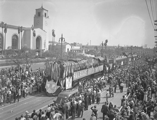Los Angeles Union Station in the late 1930s.