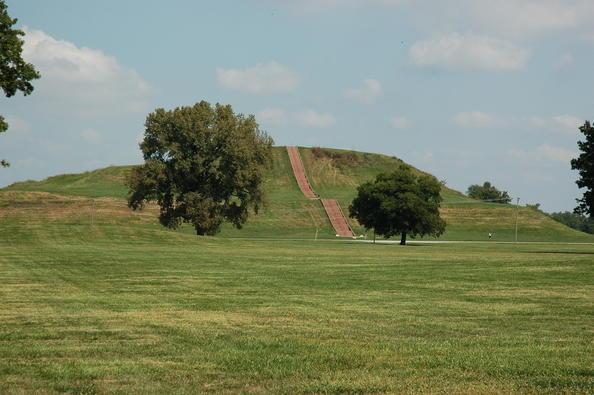 The climb up Monk Mound