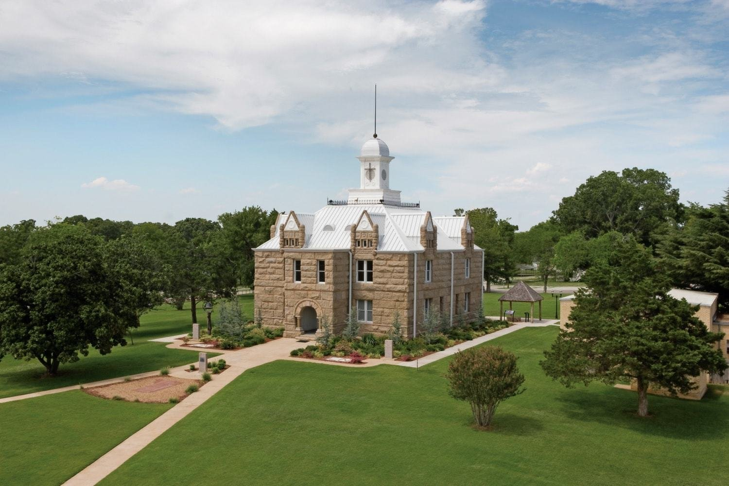 Capitol Building (image from Chickasaw Country)