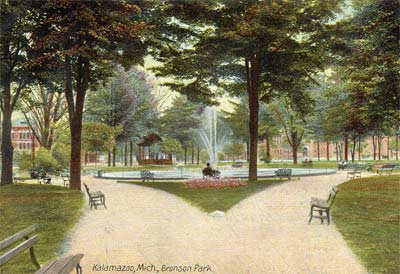 Historic picture of Bronson Park in 1908 (picture from Kalamazoo Public Library)