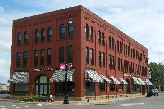 Dacotah Prairie Museum Exterior